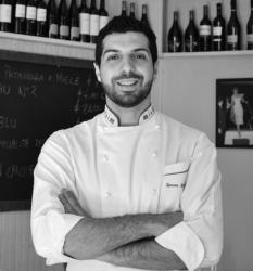 Considera Birreria Italia un punto di partenza importante, la cucina che gli consente di sposare appieno la sua etica professionale.